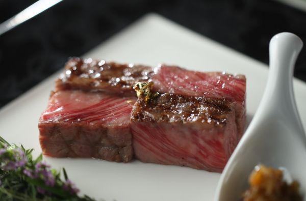 【2万円相当】牛ロース×オマール海老無料試食&特典付きフェア